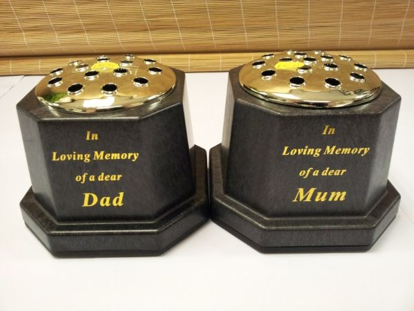 In Loving Memory Of Mum Or Dad Grave Vase Memorial Pot Funeral Flo